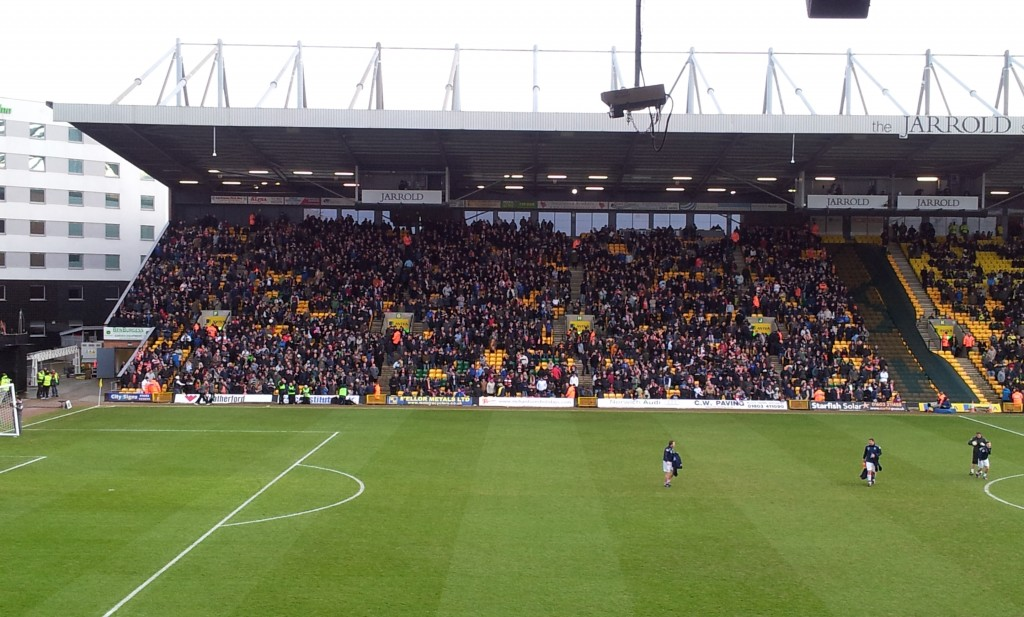 Luton town fans fa cup carrow road norwich city
