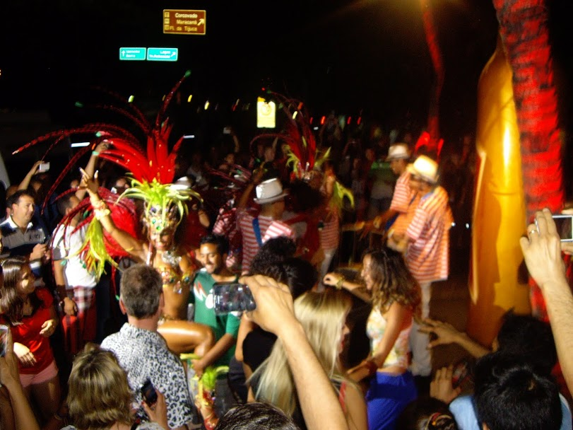 Party Atmosphere on the Copacabana!
