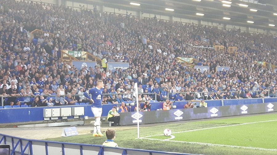 England international Ross Barkley takes a corner for Everton v Yeovil Town in the EFL Cup