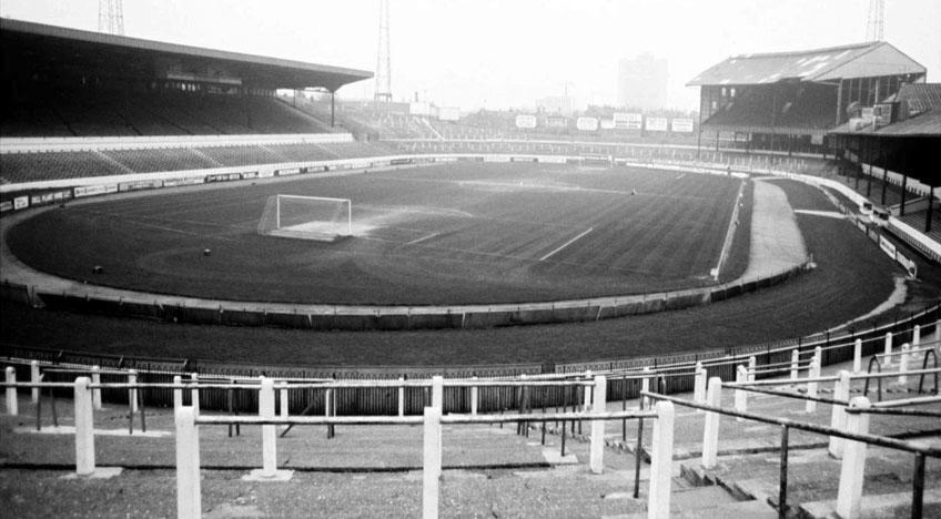 A golden Oldie of Stamford Bridge, from circa 1970.
