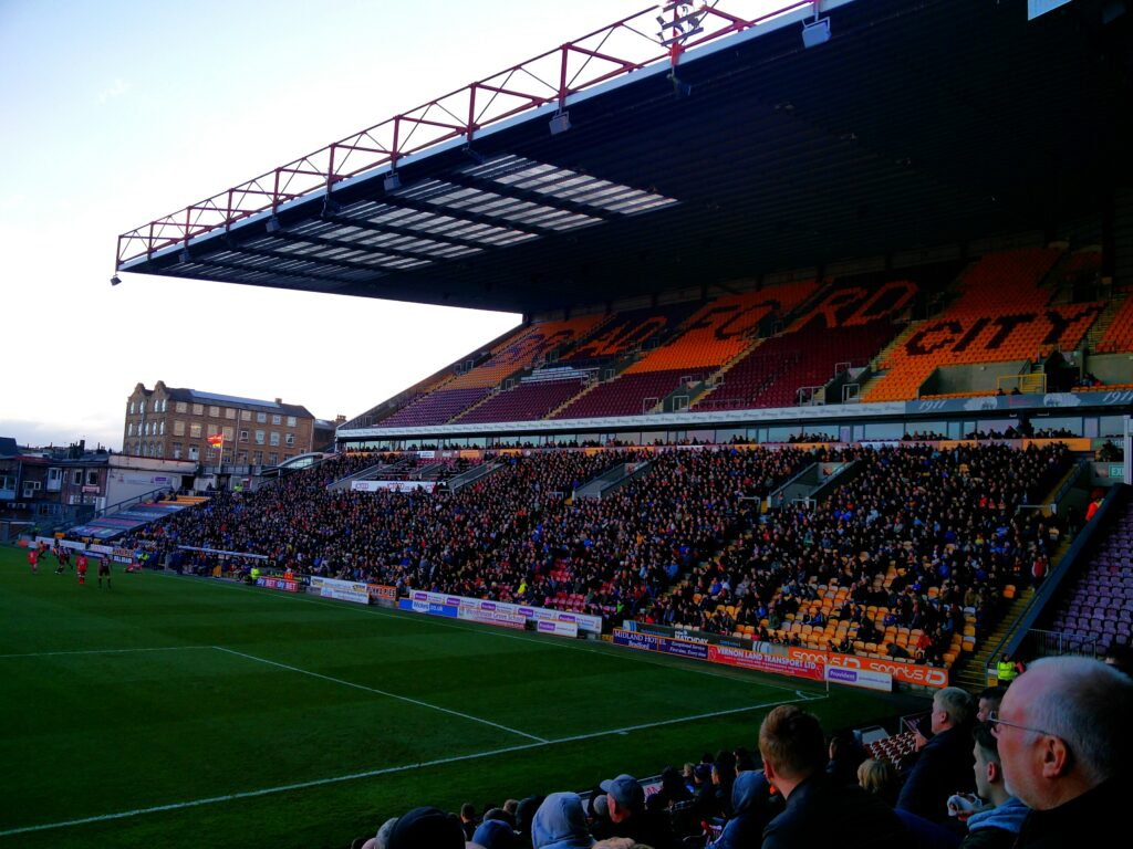 The open ended huge Main Stand