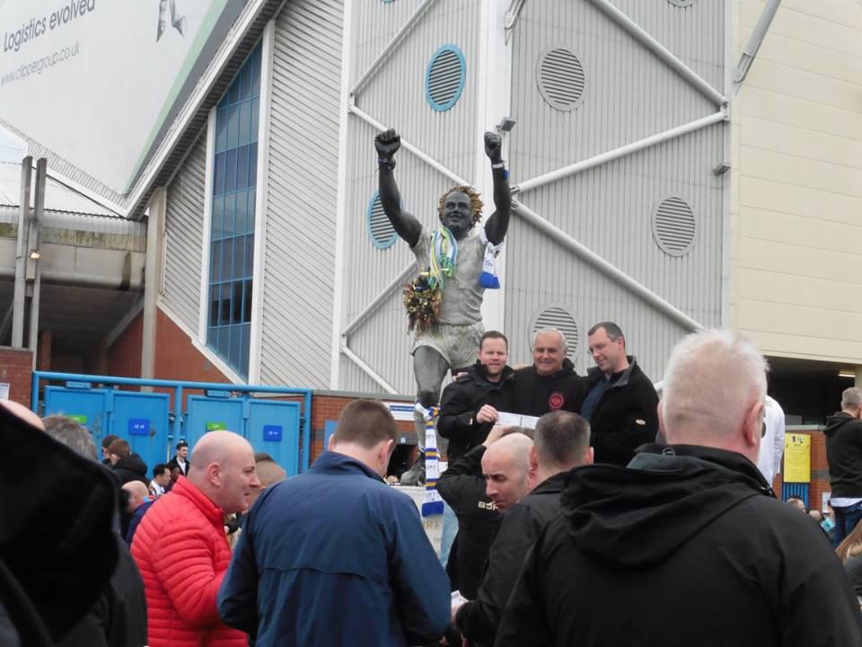 Billy Bremner statue at Elland Road