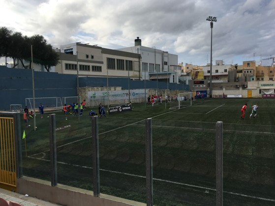 Valletta and Mosta warm-up as they wait for Floriana and Pieta to finish.